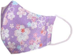 小花柄の紫の可愛いマスク