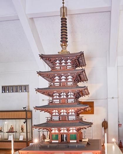 元興寺に保管されている五重小塔